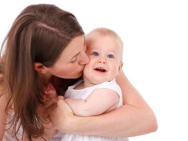 mamma kiss