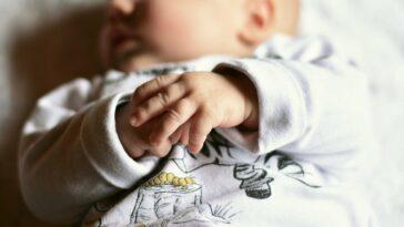 impronte neonato mani piedi